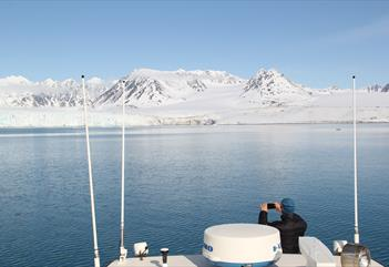 West Coast Glacier Cruise - Spitsbergen Guide Service